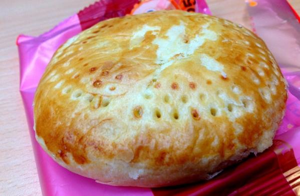 台湾のお菓子「老婆餅」の外観